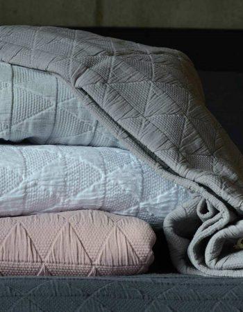 stockholm-bedspreads-5-colours-1